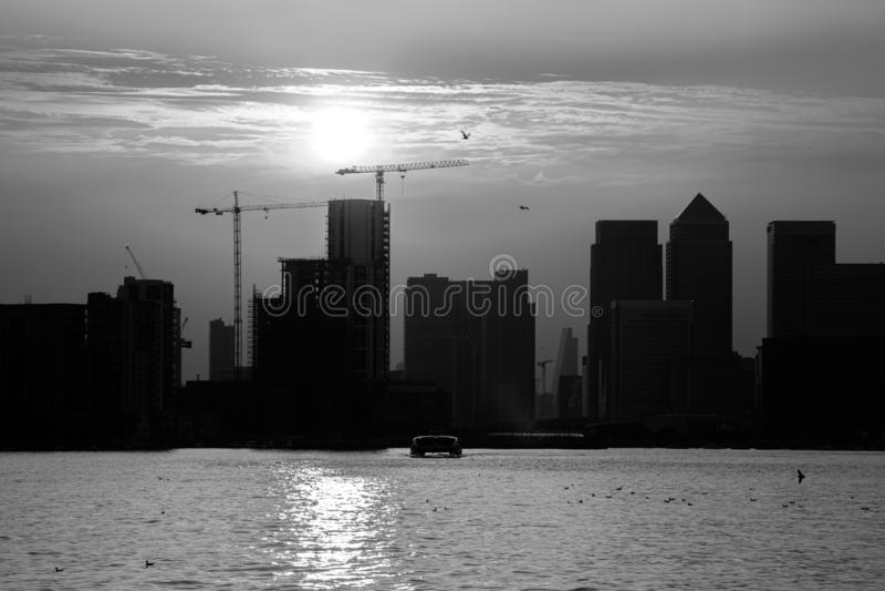 Stadt-Skyline-Schattenbild London lizenzfreie stockbilder