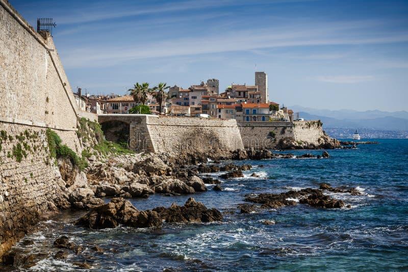 Stadt von Antibes auf dem französischen Riviera in Frankreich lizenzfreie stockfotografie