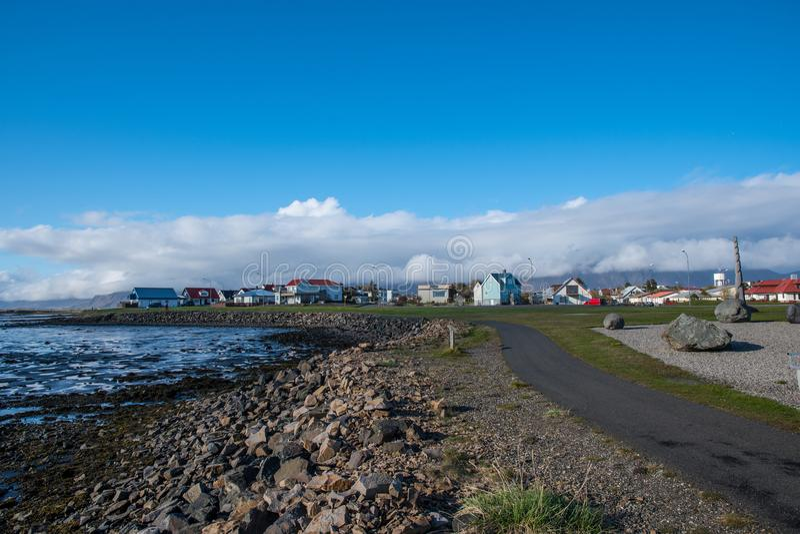 Stadt von Hofn in Südost-Island stockbild