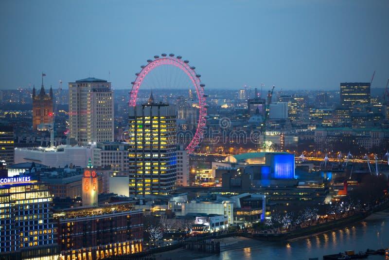 Stadt von London bei Sonnenuntergang London, Großbritannien lizenzfreie stockfotografie