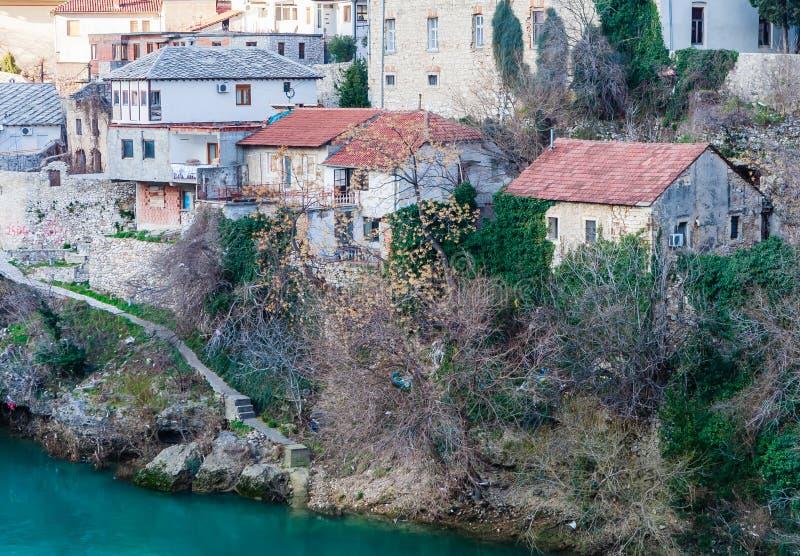 Stadt von Mostar auf dem Neretva-Fluss, Bosnien Herzegovina lizenzfreies stockfoto