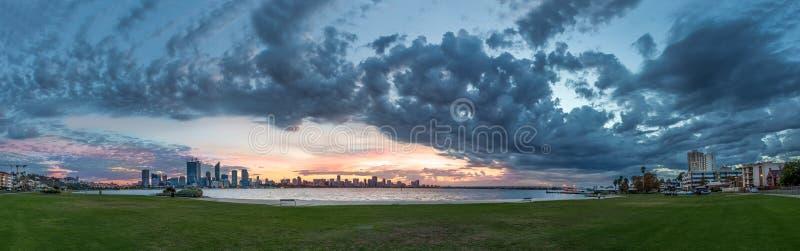 Stadt von Perth, West-Australien stockfotos