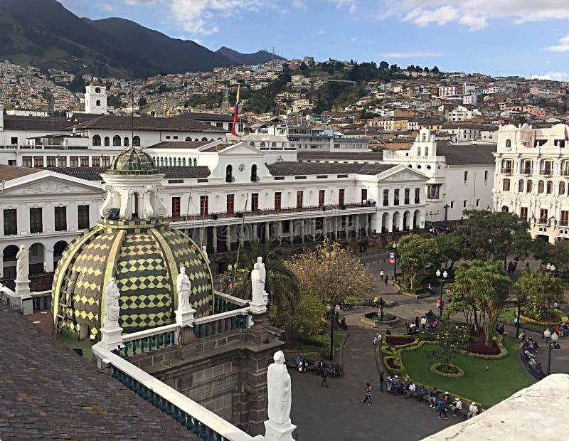 Stadt von Quito stockbilder