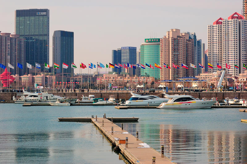 Stadt Yacht-Jachthafen China-Qingdao lizenzfreies stockbild