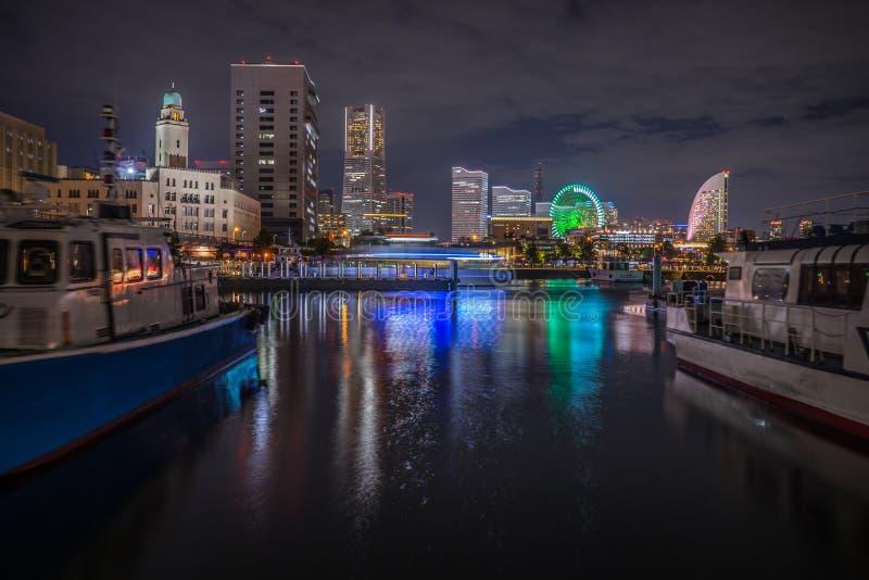 Stadtansicht Japans Yokohama nachts stockbilder