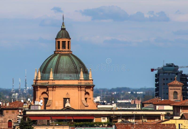 Stadtbild der alten Stadt des Bolognas stockbilder