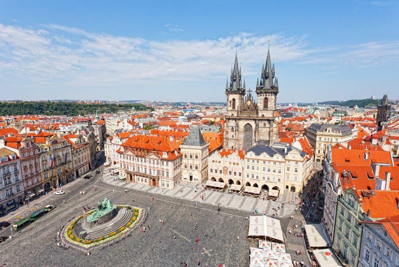 Stadtbild des alten Marktplatzes in Prag stockbilder