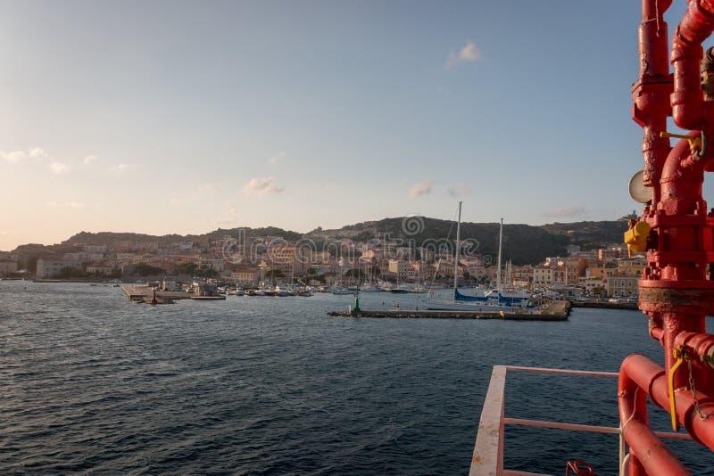 Stadtbild-La Maddalena, Italien lizenzfreie stockbilder
