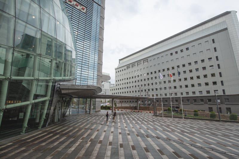 Stadtbild in Osaka Japan, ist hier die NHK Kansai Fernsehmitte lizenzfreie stockfotos
