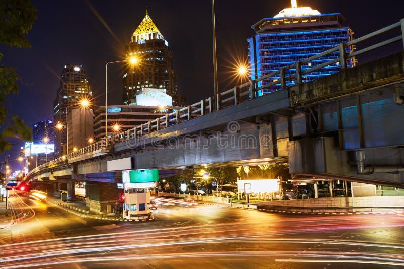 Stadtbild von Bangkok, Thailand Städtischer Hintergrund Brücke an nah stockbilder