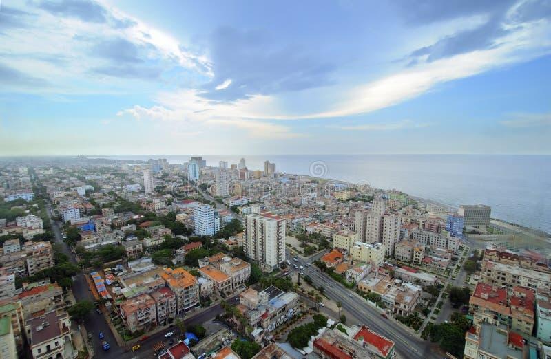 Stadtbild von Havana. Skyline der Vedado Gebäude lizenzfreies stockbild