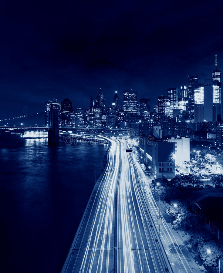 Stadtbild von New York City an der Dämmerung, USA lizenzfreies stockfoto