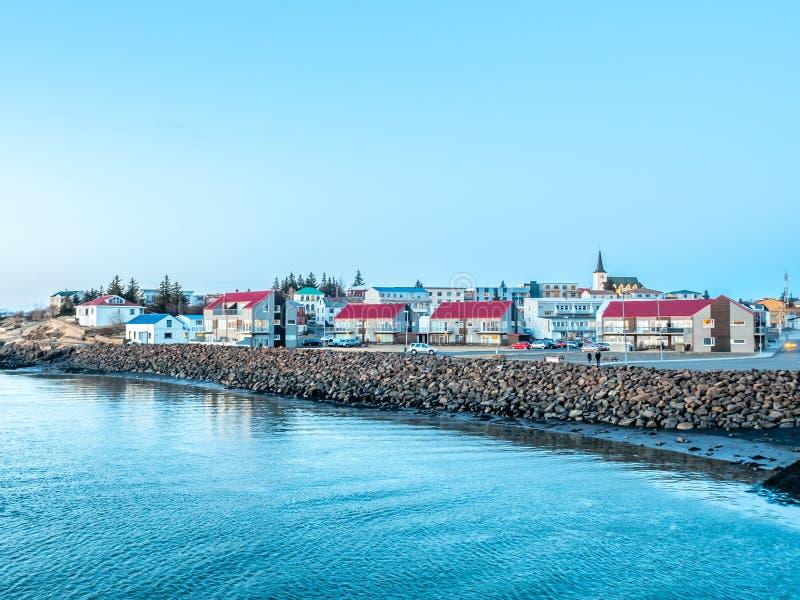 Stadtbildansicht von Borganes, Island stockfotografie