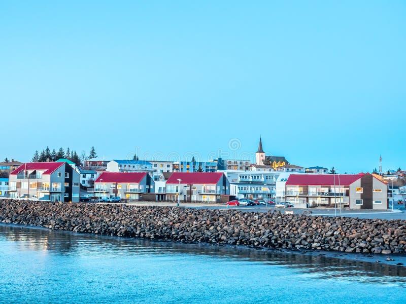 Stadtbildansicht von Borganes, Island stockbild
