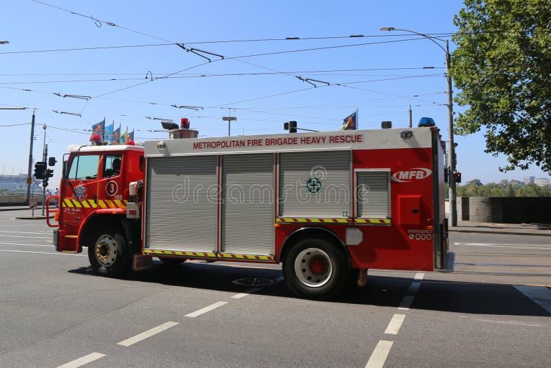 Stadtfeuerwehr-schwerer Rettungs-LKW in Melbourne lizenzfreie stockbilder