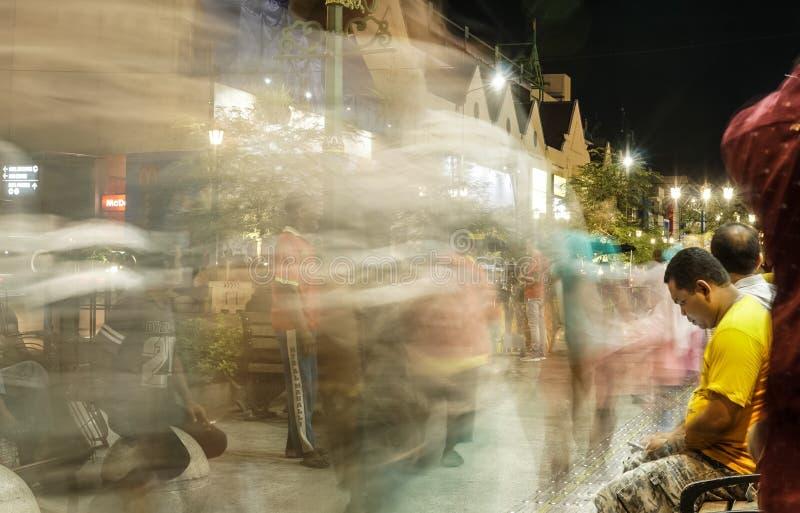 Stadtlicht des alten Mannes stockfotografie