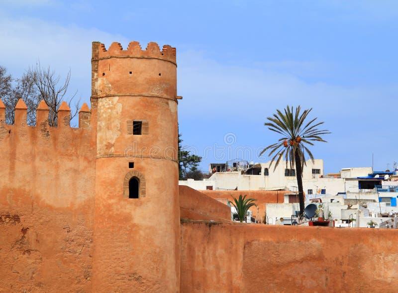 Stadtmauer und Medina Rabat-Marokko lizenzfreies stockbild