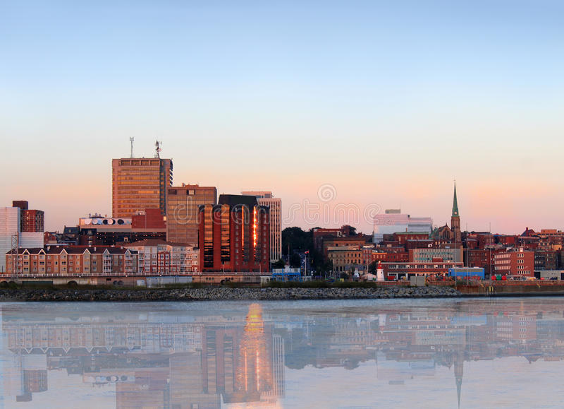 Stadtpanorama von Johannes, New-Brunswick lizenzfreie stockfotos