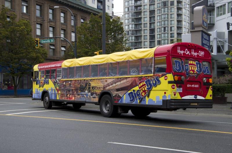 Stadtrundfahrttouristenbus stockbild