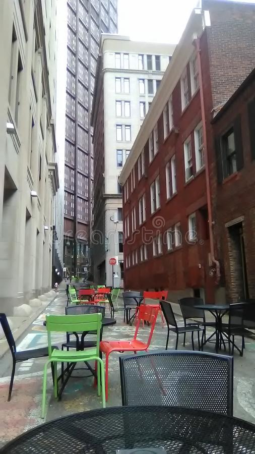 Stadtsitzplätze lizenzfreie stockfotografie