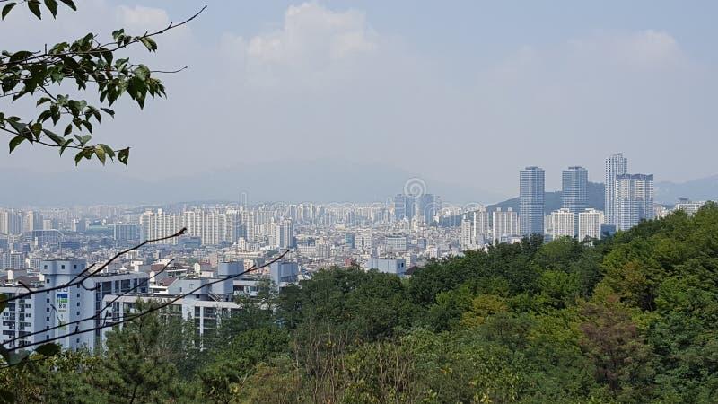 Stadtskyline in Südkorea nahe Incheon stockfoto