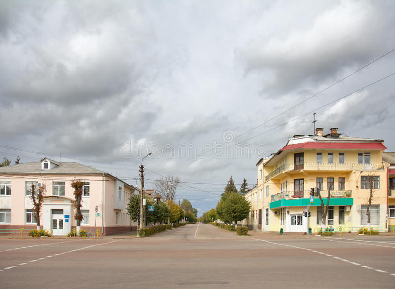 Stadtstraße in Korosten, Ukraine stockfotos