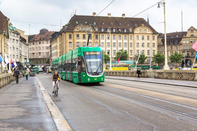 Stadttram in Basel lizenzfreie stockbilder