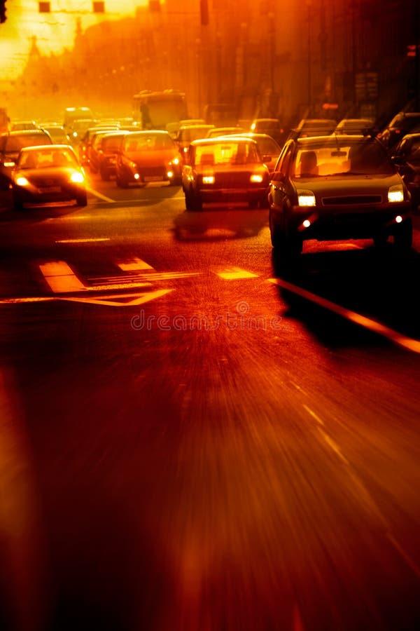 Stadtverkehr lizenzfreie stockbilder