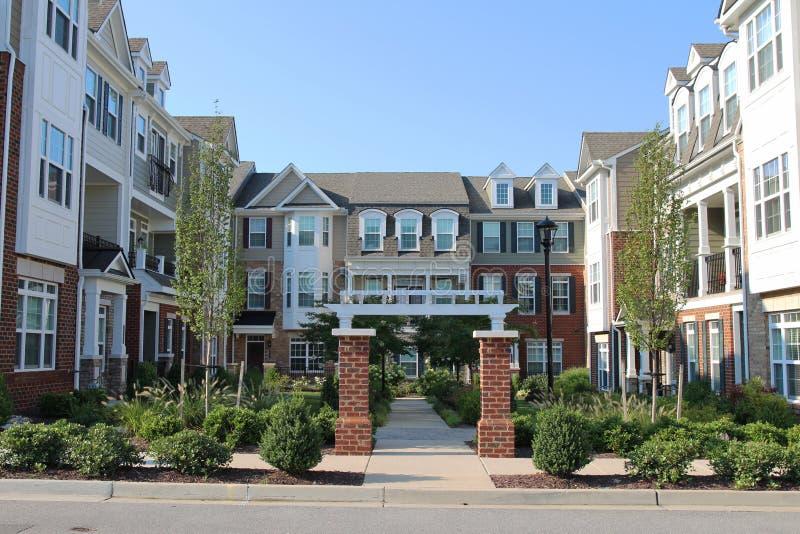 Stadtwohnungen in den Richmond-Vororten lizenzfreies stockbild