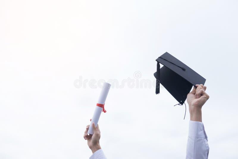 Staffelungs-Studenten-Commencement University Degree-Konzept, Gruppe stockfotos