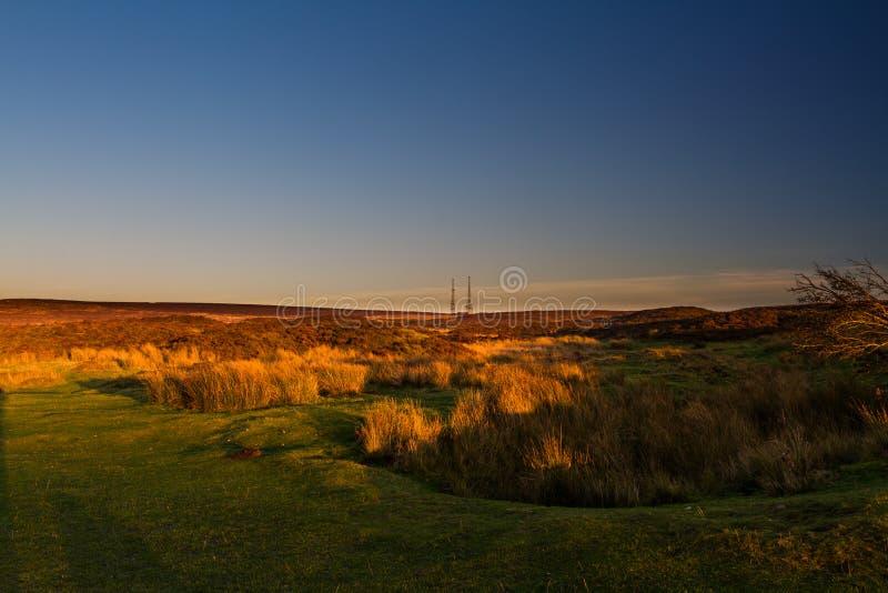 Stagno dei custodi, il Blorange Acqua della regione montana al tramonto fotografia stock libera da diritti