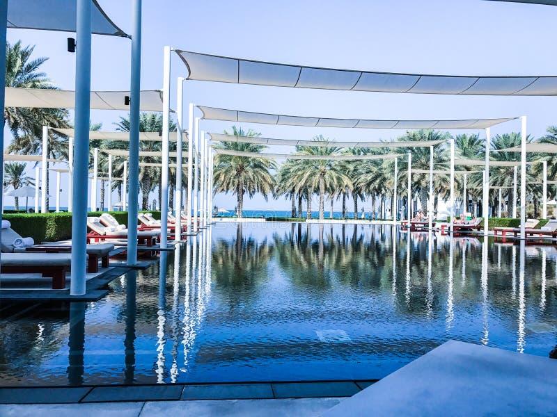 Stagno della località di soggiorno in Muscat, Oman fotografia stock