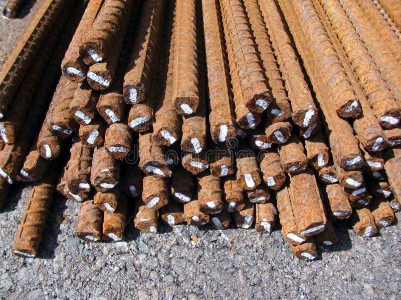 Stahlgestänge oder Stäbe benutzt, um Beton zu verstärken lizenzfreies stockfoto