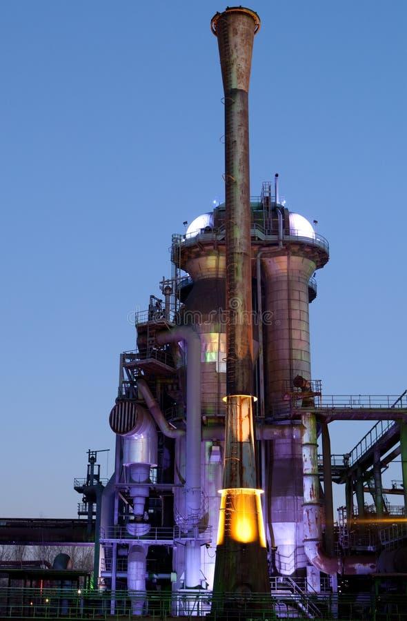 Stahlindustriehochofen stockfotos