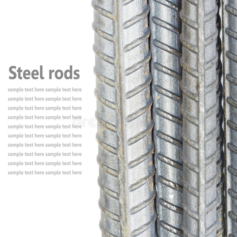Stahlstangen, Verstärkungsstangen lokalisiert auf dem weißen Hintergrund benutzt lizenzfreies stockfoto