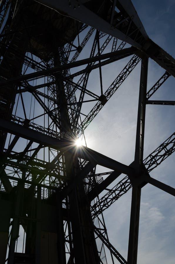 Stahlturmschattenbild stockfotos