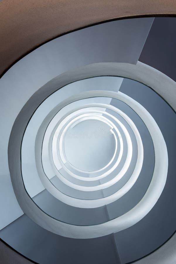 Staicase espiral moderno fotos de archivo
