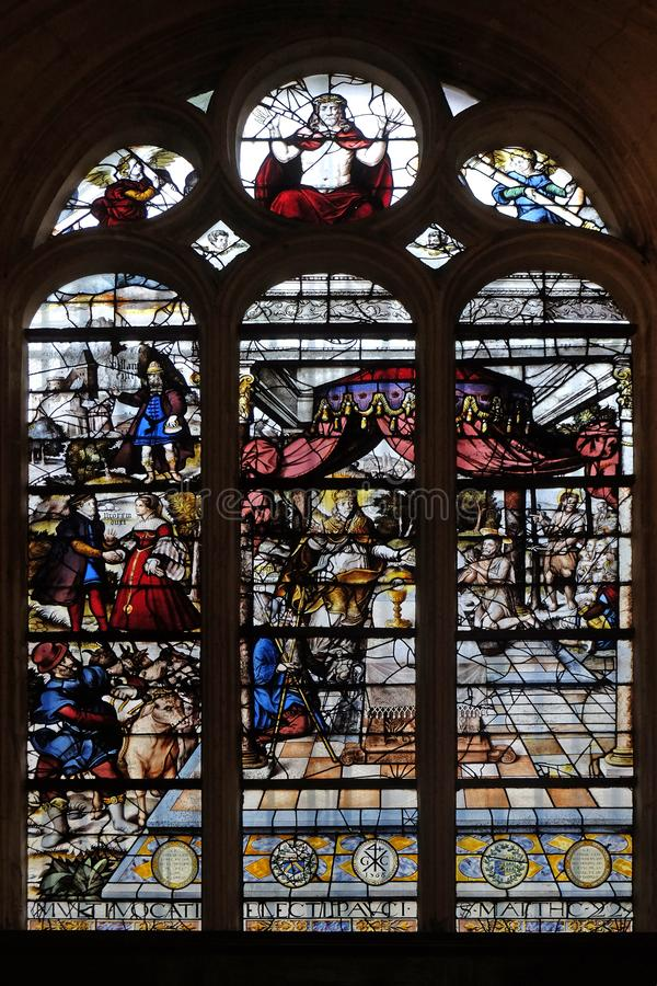 Free Stained Glass Windows In The Church Depicts The Parable Of Those Invited To The Wedding Feast, Saint Etienne Du Mont Church, Paris Stock Photography - 137190052