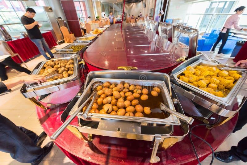 Stainless steel buffet 3-Restaurant of Business Hotel 2 免版税库存图片