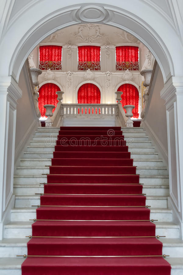 Download Staircase, The Entrance To The Palace Royalty Free Stock Photo - Image: 24533405