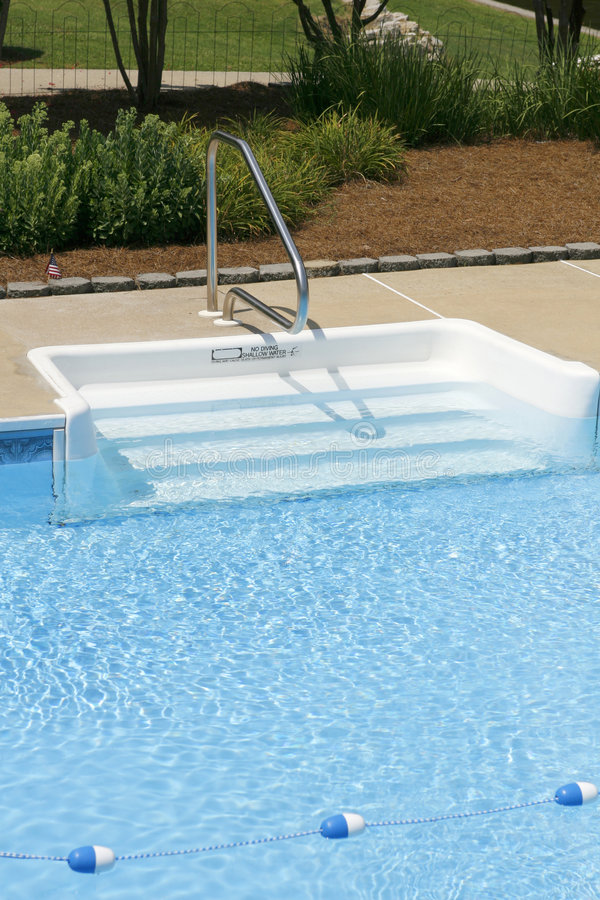 Free Stairs Into An Outdoor Private Pool Stock Photo - 5790700