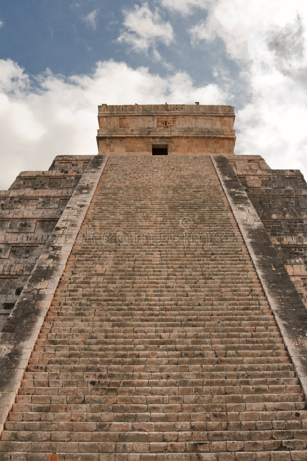 Stairs on Mayan pyramid in Chichen-Itza, Mexico royalty free stock images