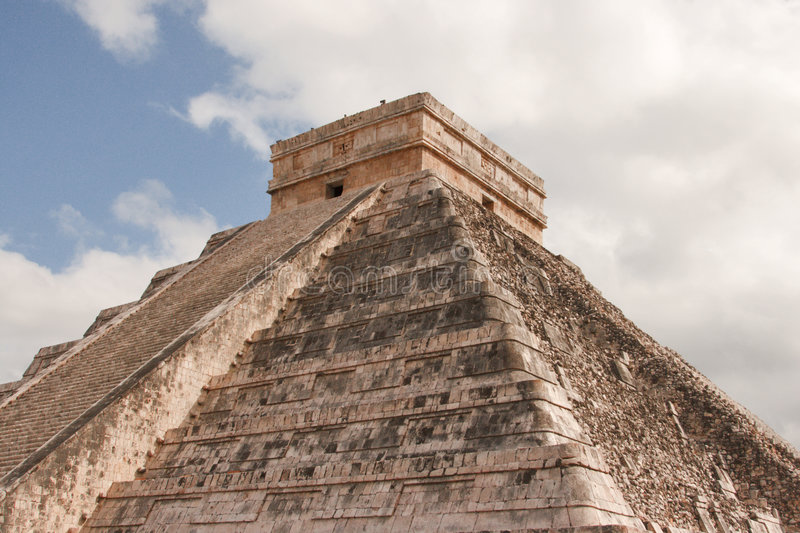 Stairs on Mayan pyramid in Chichen-Itza, Mexico stock images