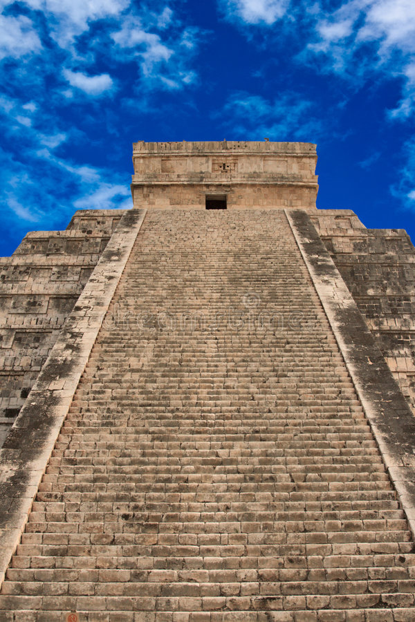 Stairs on Mayan pyramid in Chichen-Itza, Mexico stock image