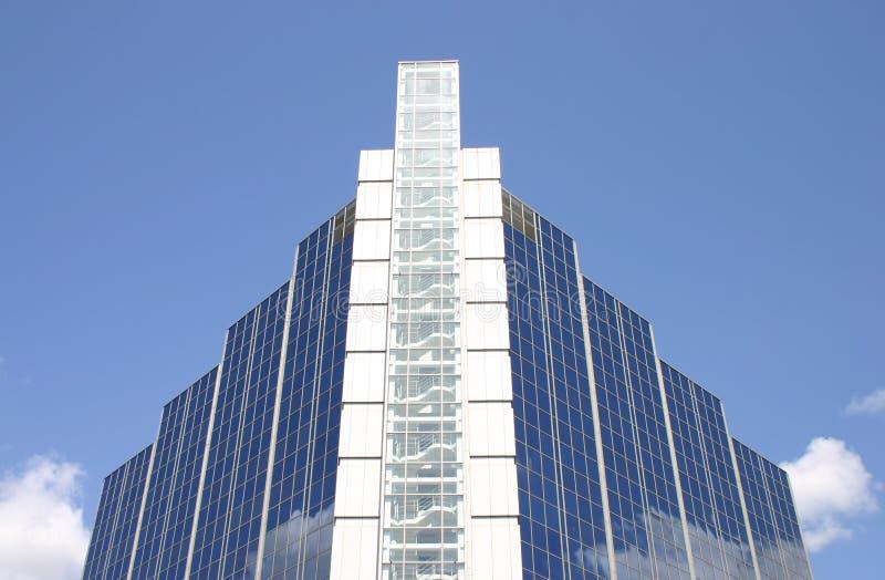 Download Stairway ao céu foto de stock. Imagem de azul, bloco, negócio - 125606