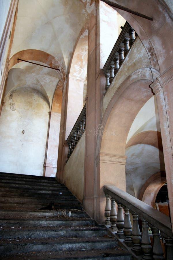Stairway e arcos imagem de stock
