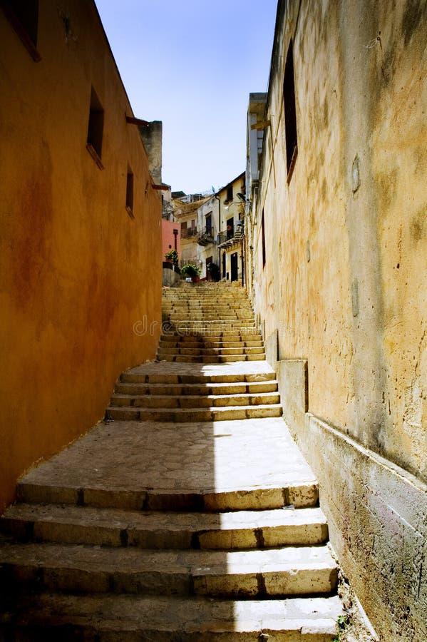 Stairway italiano velho imagem de stock royalty free