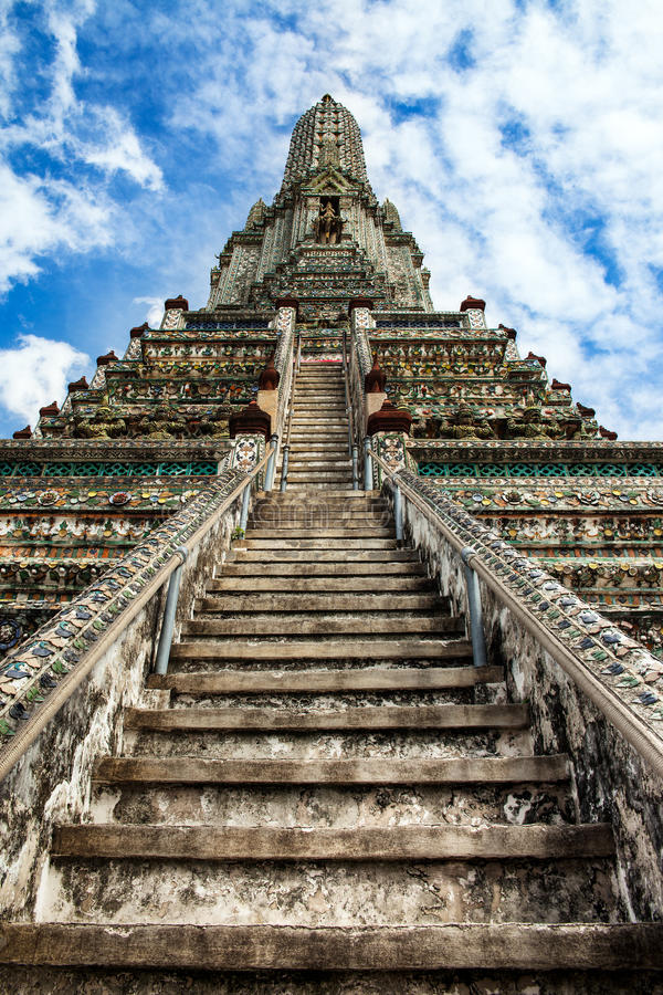Download Stairway To Heaven At Wat Arun, Landmark And No. 1 Tourist Attractions In Thailand. Stock Image - Image: 32279009