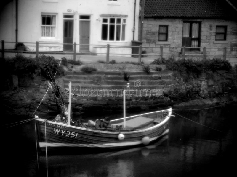 Staithes - barco #1 foto de stock royalty free