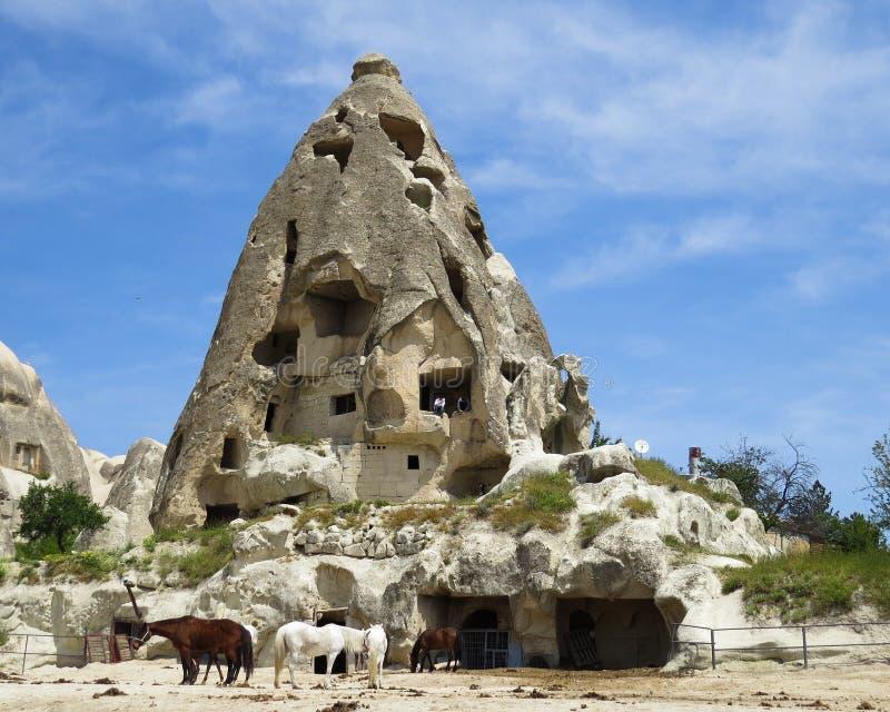 Stajenka w jama domu w wiosce Goreme cappadocia fotografia stock